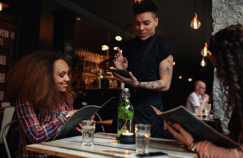 Atendimento ao cliente: 8 dicas para encantar o seu público