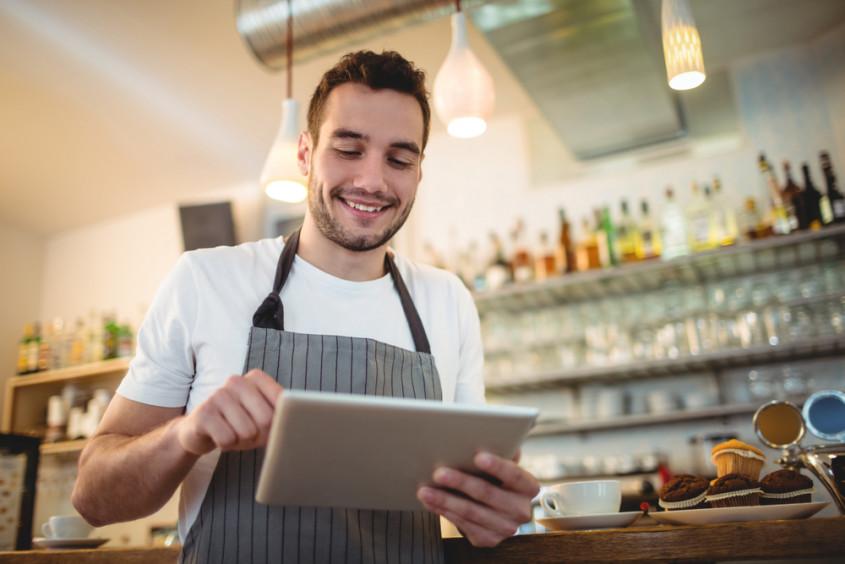 Otimize o atendimento e transforme o seu garçom em um vendedor de sucesso com o EAPOS