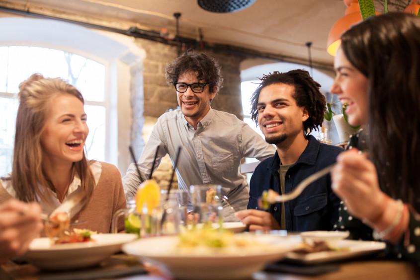 Você sabia que as cores podem influenciar as decisões dos consumidores no seu restaurante? Conheça a psicologia das cores e melhore as suas vendas!