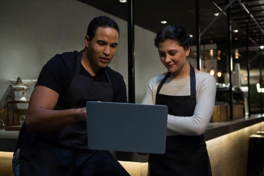 Pensando em investir em um sistema para restaurante? Saiba como avaliar!