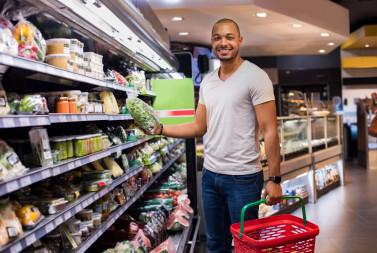 Como fazer merchandising no PDV de supermercados? 06 dicas fundamentais.