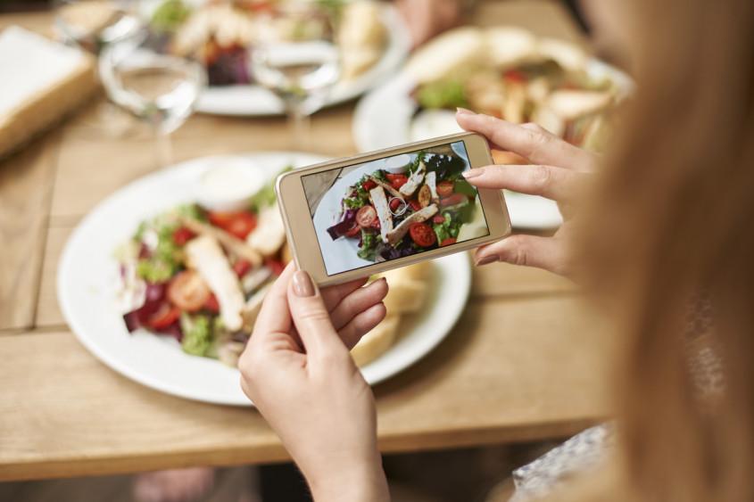 Quais os benefícios das redes sociais no marketing para restaurantes?