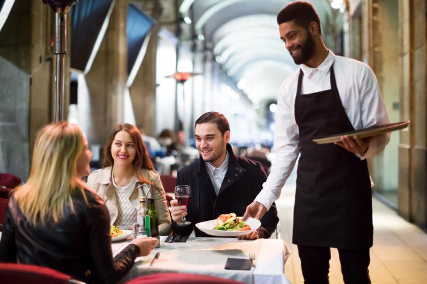 Food service, food design experience e food tech: qual o melhor para o seu restaurante?