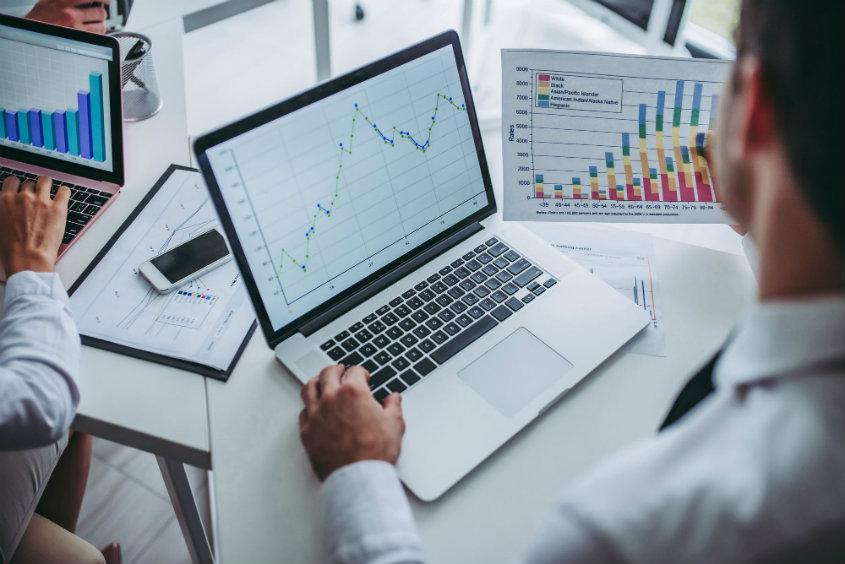 7 passos para definir metas de vendas de maneira eficiente