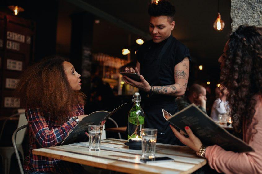 5 dicas para escolher o modelo ideal de comanda para restaurante